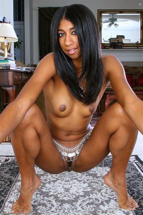 Penelope Exotic Ebony Babe Gallery Hqseek