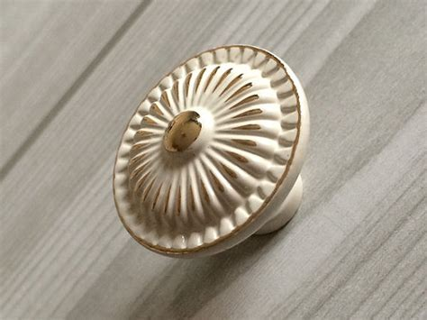 decorative knobs for kitchen cabinets kitchen cabinet door knobs back plate shabby chic dresser 8587