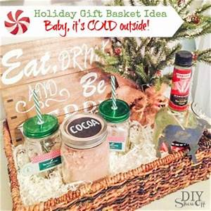 Holiday Gift Basket Idea with free printables}DIY Show
