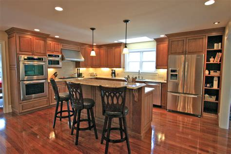 Remodeling Ideas For Small Kitchens - check out the pics of new kitchens halliday construction