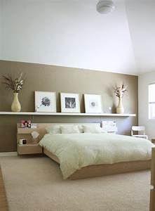 Bedroom fair decoration using rectangular white