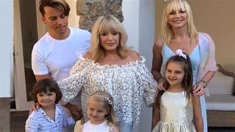 Родилась 25 мая 1971 года в москве. Кристина Орбакайте не хотела, чтобы Алла Пугачева обращалась к суррогатной матери » Звёзды.ru