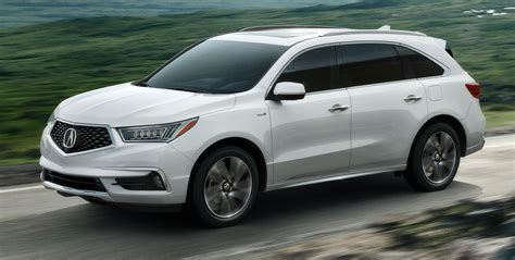 2017 acura mdx debuts in new york with new brand face