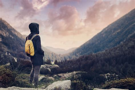 Why Traveling Alone Is A Travel Inside