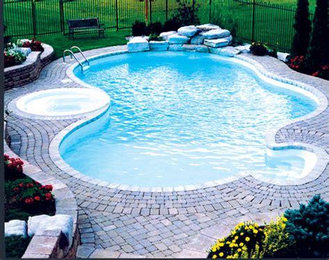 pungocreek pool and patio