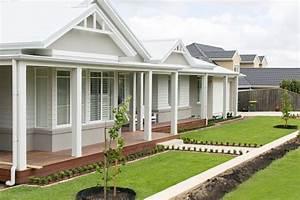 Australian Hamptons Style Facade Garden Ideas