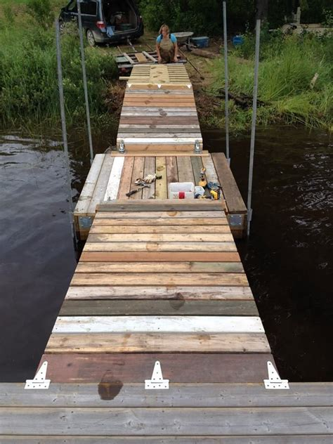 How To Build A Boat Dock Out Of Wood by Best 25 Floating Dock Ideas On