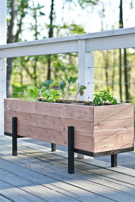 diy planter box 32 best diy pallet and wood planter box ideas and designs