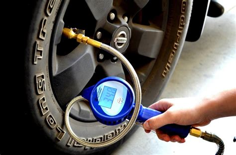 8 Best Digital Tire Pressure Gauges With Reviews
