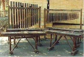 Alat musik tradisional dari jawa barat selanjutnya adalah celembung. 12+ Alat Musik Tradisional Khas Jawa Barat beserta Gambar