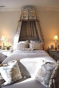 The Enchanted Home: Maison Decor