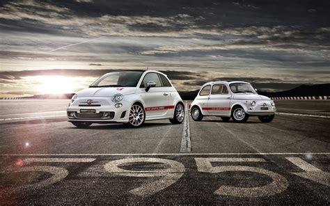 2014 Fiat Abarth 595 50th Anniversary Wallpaper