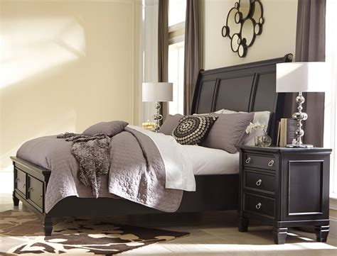 ashley greensburg  king size sleigh bedroom set pcs