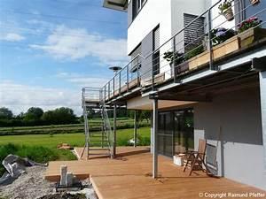 treppe fur balkon rf56 hitoiro With französischer balkon mit außentreppe garten