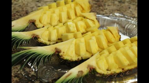 How To Cut A Pineapple Fruit Display Easily In 6 Min By