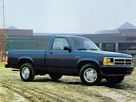 1992 Dodge Dakota Overview   Cars.com