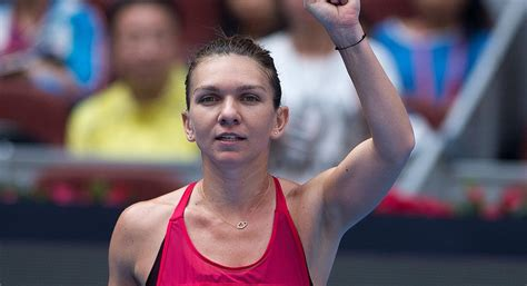 Simona Halep: World No. 1 talks French Open, hunt for first slam | SI.com