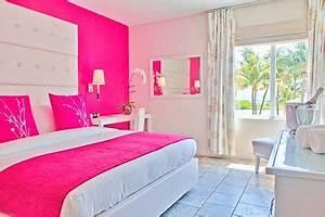 Neon Deco Chambre : best 20 hot pink bedrooms ideas on pinterest pink hallway furniture 3 canvas painting ideas ~ Melissatoandfro.com Idées de Décoration