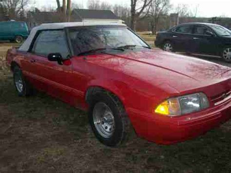 1992 ford mustang custom 2 door coupe 133555 purchase used 1992 ford mustang lx convertible 2 door 2 3l in alma michigan united states