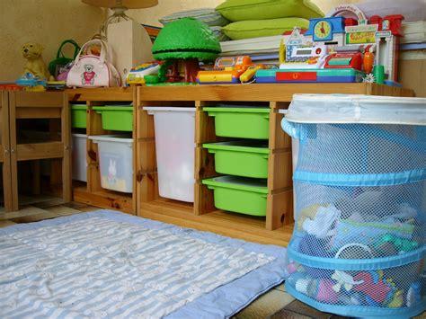 les meubles de rangements photo de la salle de jeux le de thali activit 233 s pour petites
