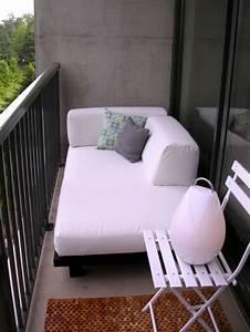 Sofa Für Balkon : balkon relax liege ideen behagliche erholungsecke gestalten ~ Eleganceandgraceweddings.com Haus und Dekorationen