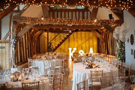 Barn Wedding Decorations :  27 Breathtaking Ideas For Your Big Day