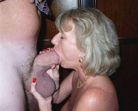 Thick Mature Milf Sucking Cock Many Gallery