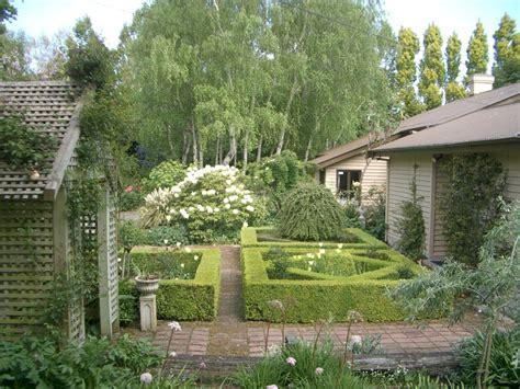 home and garden house and garden