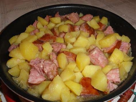 cuisiner saucisse de morteau cuisiner une saucisse de morteau saucisse de morteau