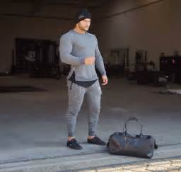 Menu0026#39;s workout outfits - 20 Athletic Gym-wear Ideas for Men