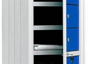 Armadietti Con Serratura Prezzi: Armadietti con chiavi una bacheca porta moderna