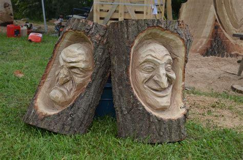 Figuren Aus Holz by Holzskulpturen Im Wettbewerb Holzkunst Beim Carving Cup 2016