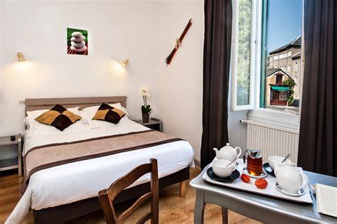 hotel spa chambre chambres d 39 hôtel à meyrueis en lozère chambres hôtel