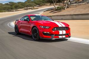 Ford Launches Free Driving School Program for Shelby GT350 Mustang Buyers - Automobile