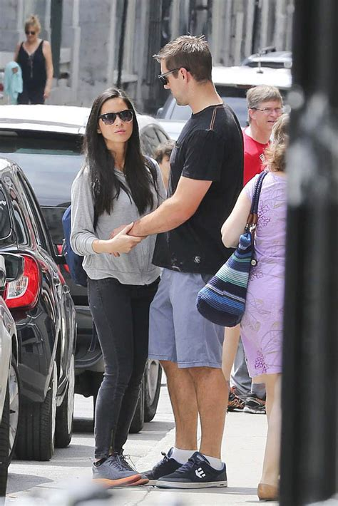 olivia munn  aaron rodgers holding hands  montreal