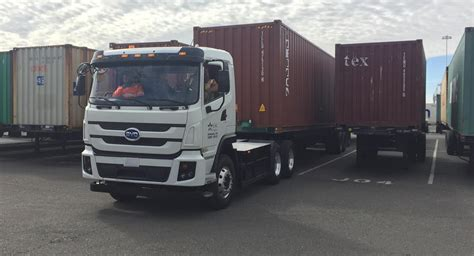 byd delivers  battery electric truck  port