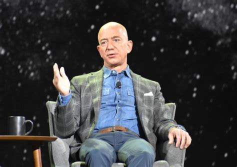 Twitter reacts to Jeff Bezos news: Maybe he'll open an ...