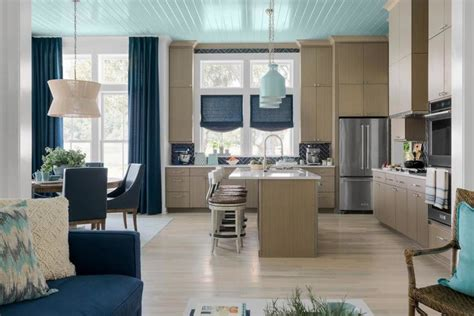 Design your dream house and we'll accurately guess your favorite color. Inside HGTV's 2020 Dream Home, Which They're Giving Away for Free - Core77