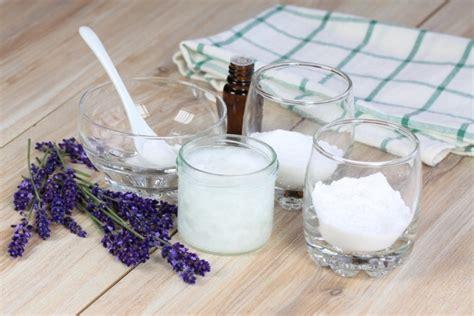 pulizia tappeti bicarbonato bicarbonato di sodio 50 modi di usarlo non ti aspetti