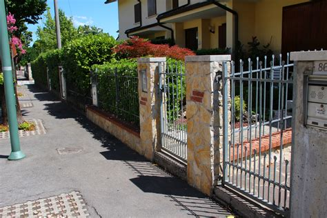 Ingressi In Pietra - foto di pietre per il rivestimento di muri esterni o interni