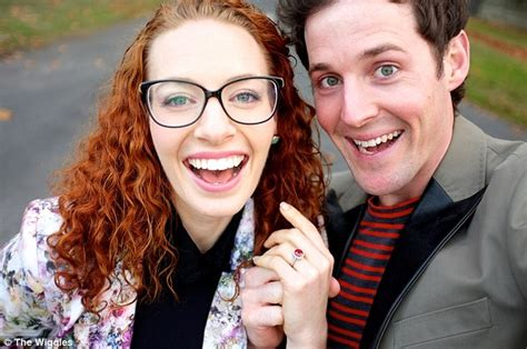 The Wiggles' Lachlan Gillespie proposes to Emma Watkins ...