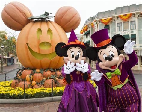disneyland anuncio  nuevo espectaculo  celebrar halloween este  national geographic