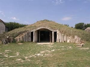 File:The Earth house