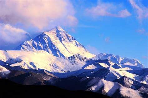 quelle est la hauteur du mont everest 28 images encyclop 233 die larousse en ligne mont