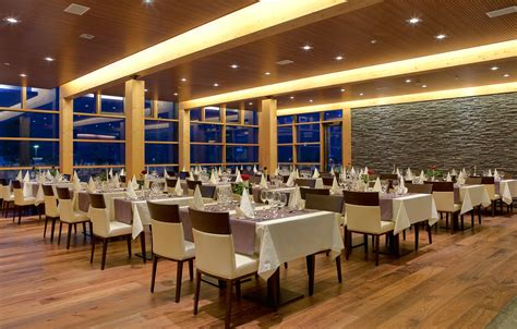 Restaurant 2864 - Bohinj ECO Hotel