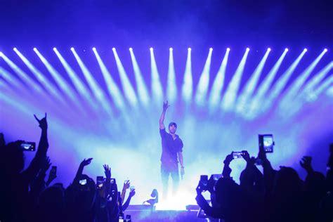 Odd Pairing Pitbull And Enrique Iglesias Was Rhythm Divine