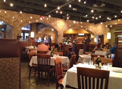 Review of Romano's Macaroni Grill 33324 Restaurant 100 N Unive