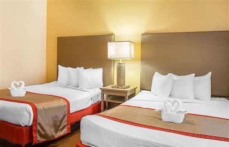 3 Bedroom Suites Near Disney World by 3 Bedroom Suites Near Disney World Homebase Wallpaper