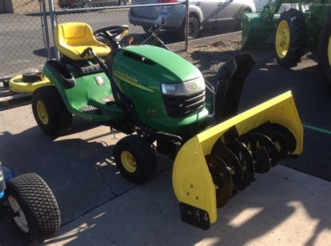 2004 john deere l110 lawn garden and commercial mowing