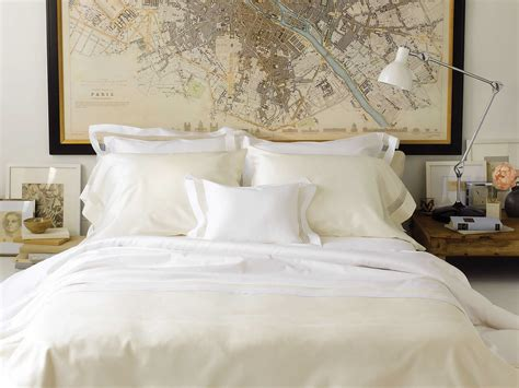 Bed Linens : 19 Luxury & Designer Bedding Sets